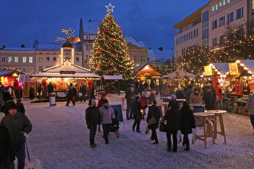 german christmas markets of berlin in germany. Black Bedroom Furniture Sets. Home Design Ideas