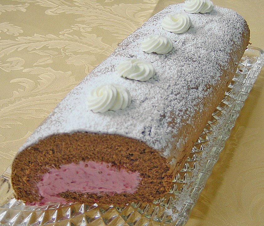 21 Traditional German Recipes You Can T Miss: Raspberry Chocolate Roll • Best German Recipes
